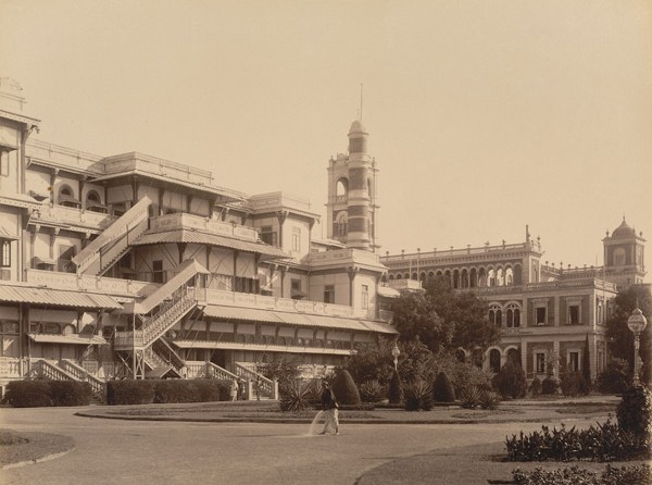 New and old Palaces at Makarpura, back view  - Baroda 1895_600_446